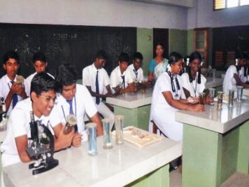 Sivanthi School-Botany Lab